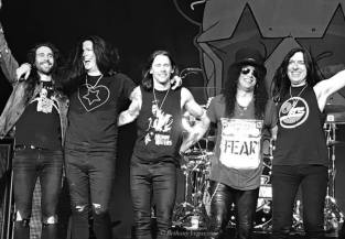Slash feat. Myles Kennedy & The Conspirators à Tulsa