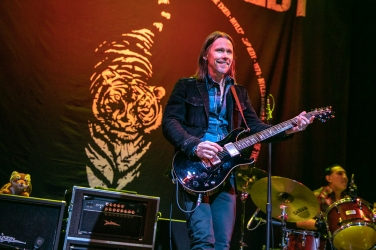 Myles Kennedy & Co au Summit Music Hall de Denver