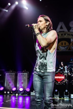 Slash feat. Myles Kennedy & The Conspirators au Paramount Theatre de Seattle