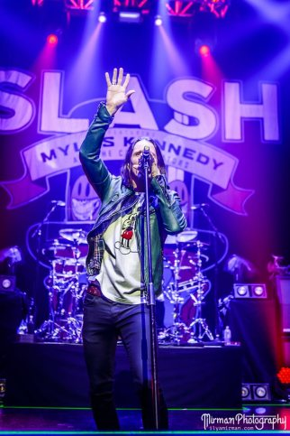 Slash feat. Myles Kennedy & The Conspirators à Port Chester